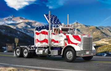 Marmon Conventional Stars & Stripes · RE 07429 ·  Revell · 1:25