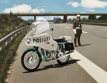 BMW R75/5 Police · RE 07940 ·  Revell · 1:8