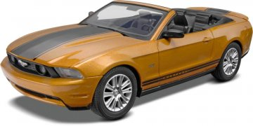 ´2010 Ford Mustang Convertible · RE 11963 ·  Revell · 1:25