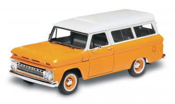 1966 Chevy Suburban · RE 14409 ·  Revell · 1:25