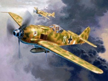 Model Set Focke-Wulf Fw 190 F-8 · RE 64171 ·  Revell · 1:72