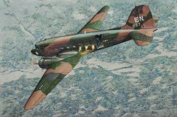 Douglas AC-47 D Spooky · RD 310 ·  Roden · 1:144