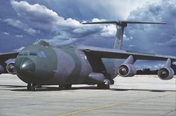 Lockheed C-141B Starlifter · RD 331 ·  Roden · 1:144
