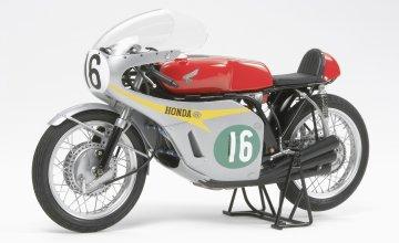 Honda RC166 GP Racer 1960 · TA 14113 ·  Tamiya · 1:12