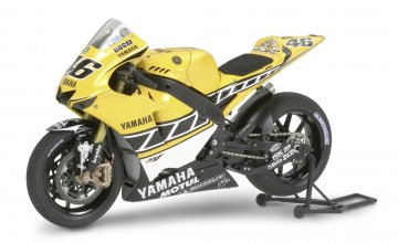 Yamaha YZR-M1 50tes Jubil.#46 G/S · TA 14114 ·  Tamiya · 1:12