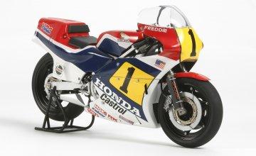 Honda NS500 ´84 · TA 14125 ·  Tamiya · 1:12