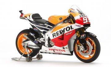 Repsol Honda RC213V ´14 · TA 14130 ·  Tamiya · 1:12
