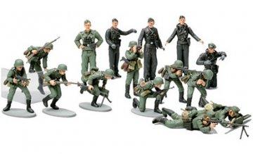 WWII Figuren-Set Dt.Infanterie (15) · TA 32512 ·  Tamiya · 1:48