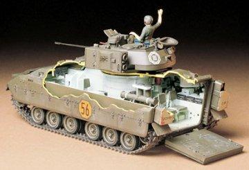 US M2 Bradley IFV · TA 35132 ·  Tamiya · 1:35