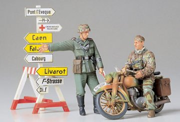 Diorama-Set Motorrad m.Wegweiser · TA 35241 ·  Tamiya · 1:35