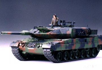 Leopard 2 A5 Main Battle Tank · TA 35242 ·  Tamiya · 1:35