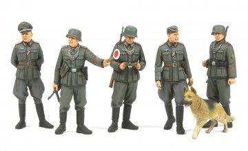 WWII Fig.-Set Dt. Feldpolizei · TA 35320 ·  Tamiya · 1:35