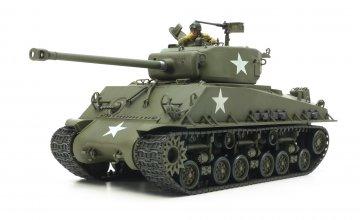 US M4A3E8 Sherman Easy Eight Euro · TA 35346 ·  Tamiya · 1:35