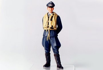 WWII Figur Dt.Luftwaffe Flieger-Ass · TA 36302 ·  Tamiya · 1:16