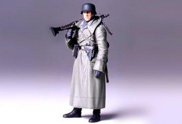 WWII German Machine Gunner (Greatcoat) · TA 36306 ·  Tamiya · 1:16