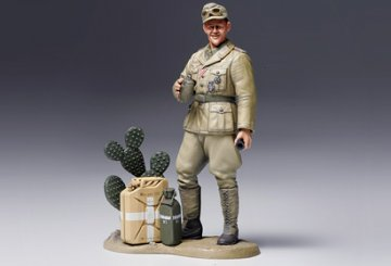 WWII Wehrmacht Tank Crewman, Afrika-Korps · TA 36310 ·  Tamiya · 1:16