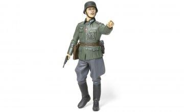 Figur Deutscher Kommandant · TA 36313 ·  Tamiya · 1:16