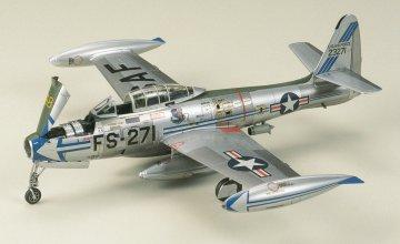 Republic F-84G Thunderjet · TA 60745 ·  Tamiya · 1:72