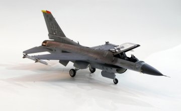 US F-16CJ Fighting Falcon · TA 60786 ·  Tamiya · 1:72