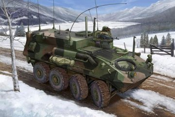 USMC LAV-C2 Command & Control Vehicle · TRU 00371 ·  Trumpeter · 1:35