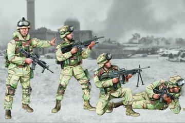 US 101st Airborne Division Crew · TRU 00410 ·  Trumpeter · 1:35