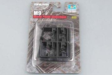 M92 World Pistol Selection · TRU 00504 ·  Trumpeter · 1:35