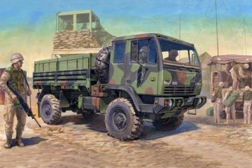 M1078 LMTV Standard Cargo Truck · TRU 01004 ·  Trumpeter · 1:35