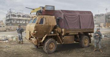 M1078 LMTV (Armor CAB) · TRU 01009 ·  Trumpeter · 1:35