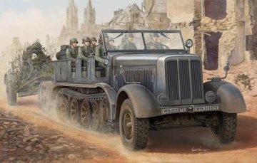 Sd.Kfz.8 Schwerer Zugkraftwagen 12t · TRU 01583 ·  Trumpeter · 1:35