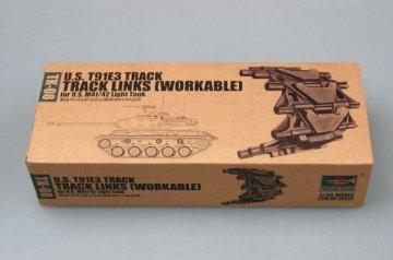 U.S. T91E3 track for M41/42 light tank · TRU 02038 ·  Trumpeter · 1:35