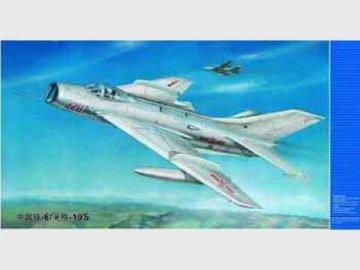 MiG-19 S Farmer C · TRU 02207 ·  Trumpeter · 1:32
