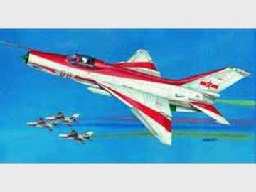 Chengdu F-7 EB · TRU 02217 ·  Trumpeter · 1:32