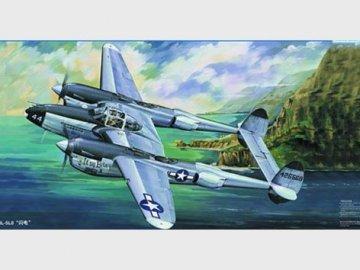 Lockheed P-38 L-5-LO Lightning · TRU 02227 ·  Trumpeter · 1:32