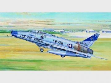 North American F-100D Super Sabre · TRU 02232 ·  Trumpeter · 1:32