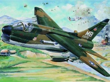 USAF A-7D Corsair II · TRU 02245 ·  Trumpeter · 1:32