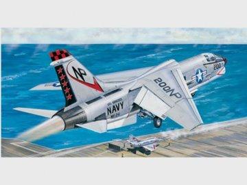 F-8J Crusader · TRU 02273 ·  Trumpeter · 1:32