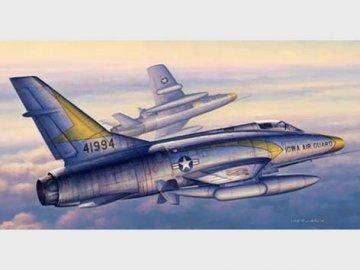 F-100C Super Sabre · TRU 02838 ·  Trumpeter · 1:48