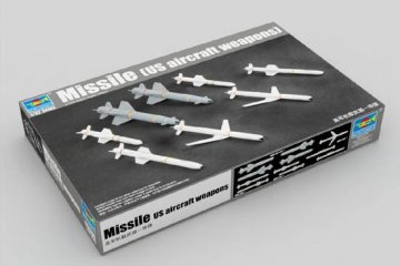 U.S. Aircraft Weapons: Missiles · TRU 03306 ·  Trumpeter · 1:32