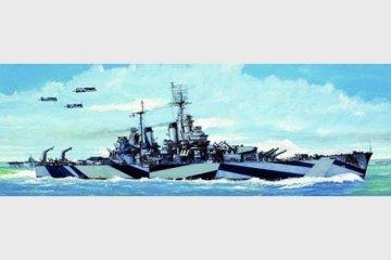 USS Baltimore CA-68 1944 · TRU 05725 ·  Trumpeter · 1:700