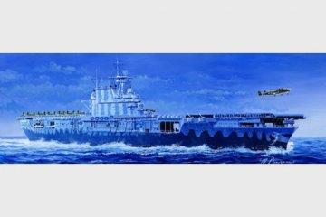 USS Hornet CV-8 · TRU 05727 ·  Trumpeter · 1:700
