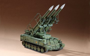 Russian SAM-6 antiaircraft missile · TRU 07109 ·  Trumpeter · 1:72