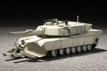 M1A1 with Mine Clearing Blade System · TRU 07277 ·  Trumpeter · 1:72