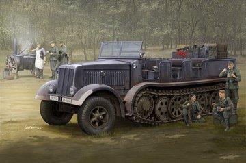 Sd.Kfz.8 (DB9) Half-Track Artillery Tractor · TRU 09538 ·  Trumpeter · 1:35